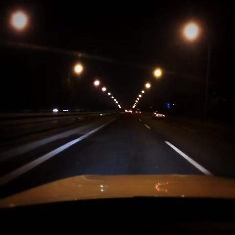 越来越讨厌晚上开车