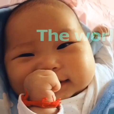 宝宝好开心表情包 看见四维里宝宝的照片,好开心 宝宝今天好开心卡