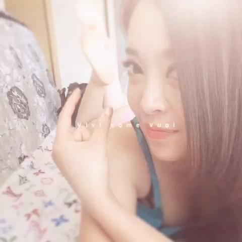 """猫小咪Queen的自拍视频  来看看我拍的MV:"""""""