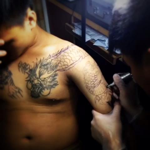"""过肩龙""""胖子_纹身图案"""