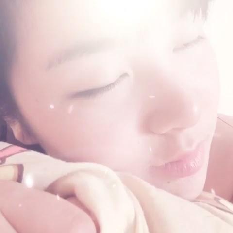 """小孽小囍的自拍视频  来看看我拍的MV:""""秀秀我的小纹身~"""",点此播放>>#美拍# 录制)"""
