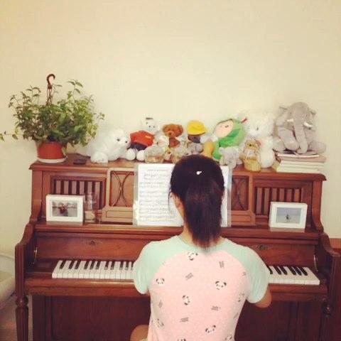 reet c大调钢琴谱