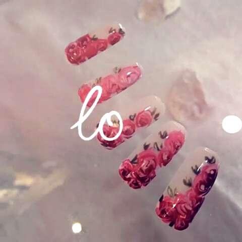 lily 初色美甲.love之玫瑰