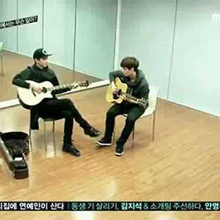 音乐#把乐带回家#chanyeol和lay彈得吉他棒棒的好有默契