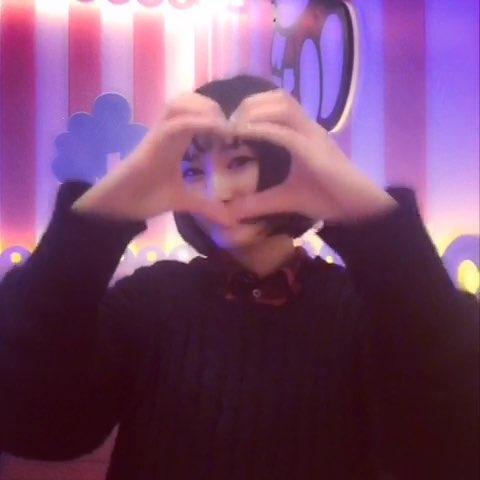 """#爱心舞##韩国爱心舞#是不是拍的有点晚了"""""""