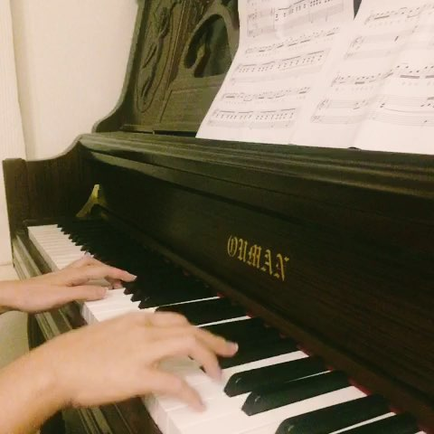 岁月神偷c调钢琴简谱