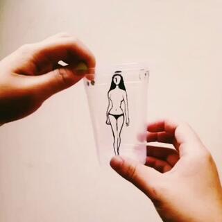 塑料杯换装😽#创意##杯子还能这样玩#