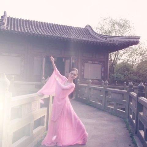 """#舞蹈#翩翩起舞只为你 - 婷妞酱的美拍"""""""