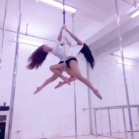 """#舞蹈#双人吊环舞-喜欢就双击"""""""