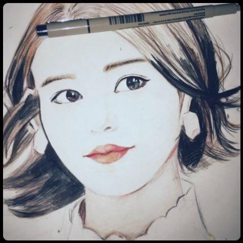 服装设计手绘##画画的女孩最美