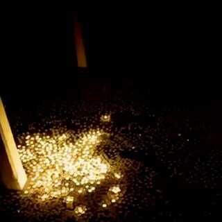 烛光搭建一座城市