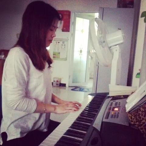 钢琴曲数鸭子五线谱