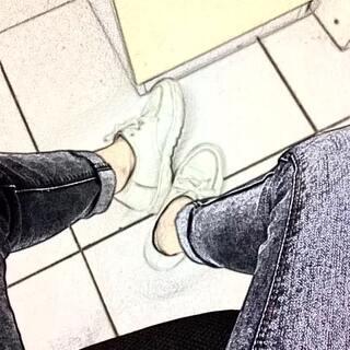 #拍鞋#今天下雨了,白鞋变脏了,💔