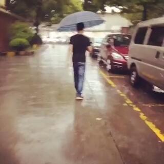 #一分钟一座城#就算下雨心情也要美美哒☺☺