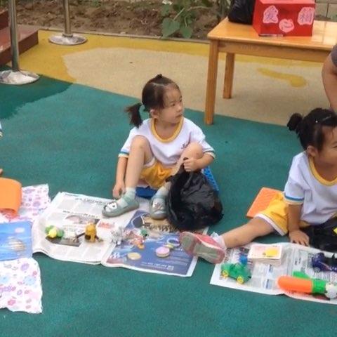 幼儿园义卖活动