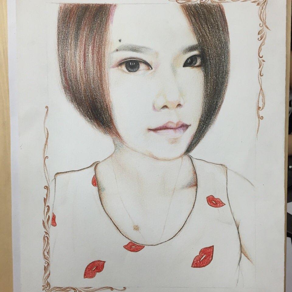 彩铅手绘新娘人物