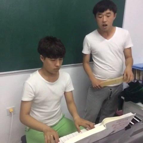 两地曲 - 张鑫鑫.的美拍