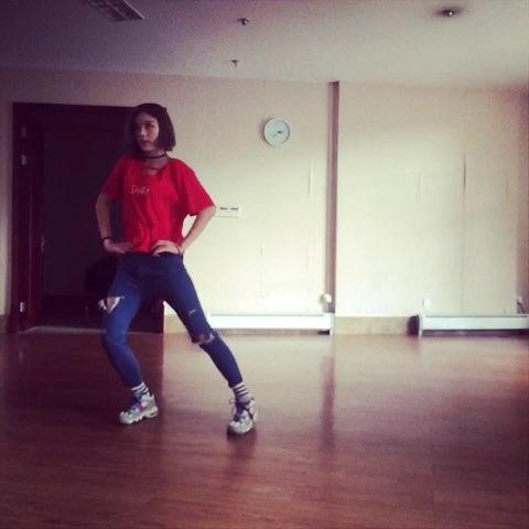 "#shake it##sistar##舞蹈#shake it - MisNiki的美"""