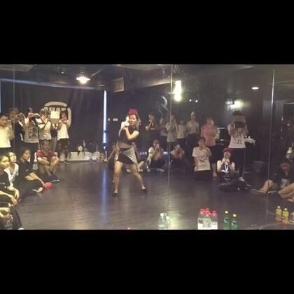 15-09-02 02:19转发的美拍视频