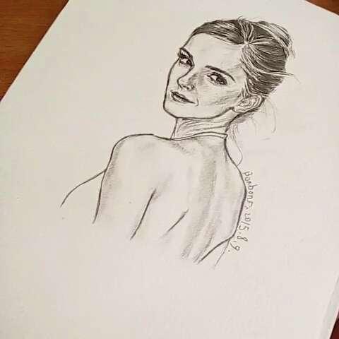 画画##人物素描##周末#emma watson终于画画了我喜爱的赫敏