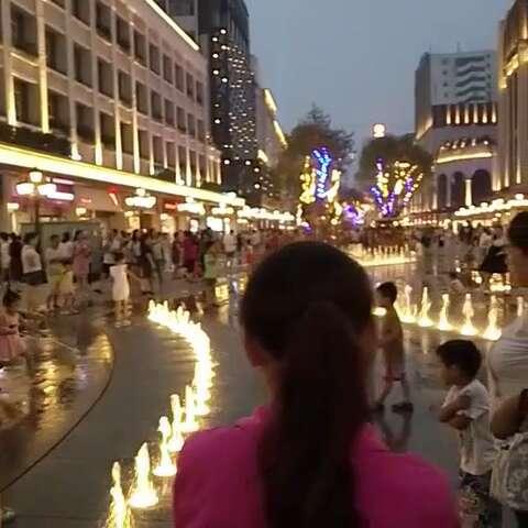 常德某步行街的变化.#随手美拍##在路上##城市街拍