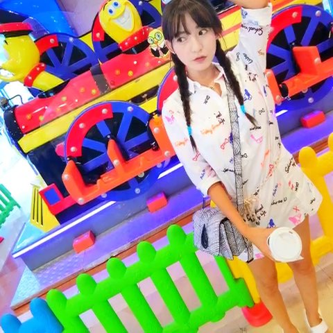 """#微笑##糖果儿candy##女神#心中不忘小清新 - 李舒"""""""