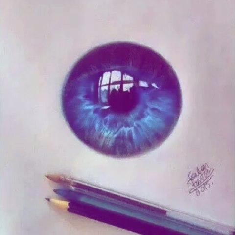 很养眼的手绘瞳孔