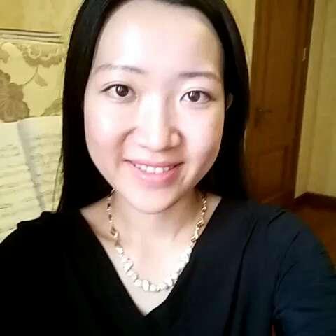 美女弹钢琴#肖邦圆舞曲图片