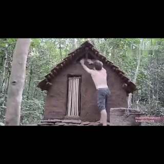 #涨姿势#徒手在雨林修起一间砖瓦房,彻底给大神跪了!请收下我的膝盖😱🙏👍