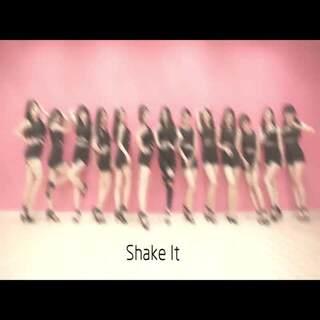《Shake it》室内版本 晚间学员展示🎉微信号 1053154402🎉#舞蹈##女生喜欢的一切#@舞蹈频道官方账号@美拍小助手