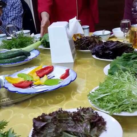 环保饭菜一桌八十至九十元.aa制.图片