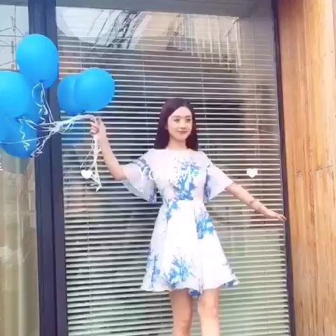 【赵丽颖美拍】不听话的气球图片