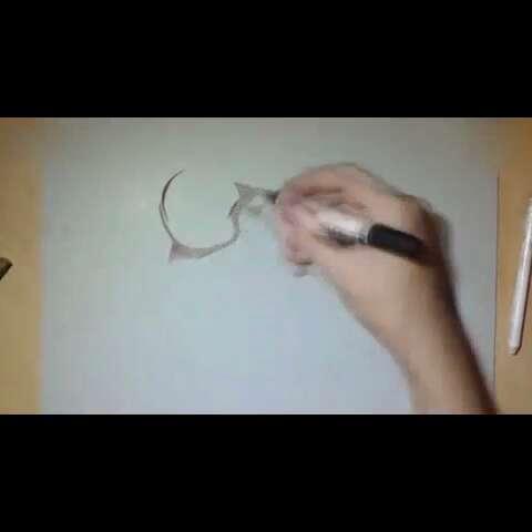牛人手绘一只打碎了的鸡蛋3d画!