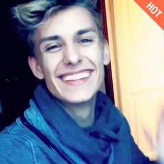 Smile<span class=