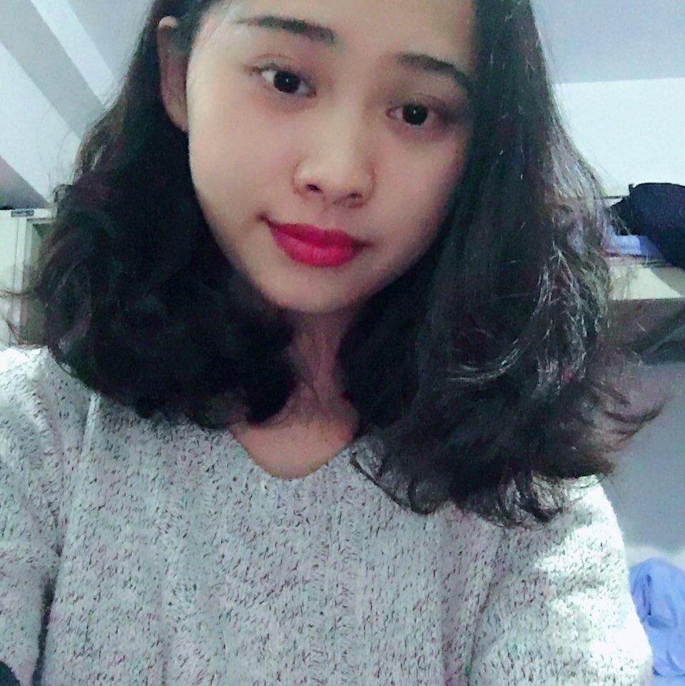 短发女生图片