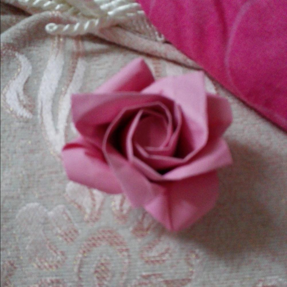 折纸玫瑰花图片