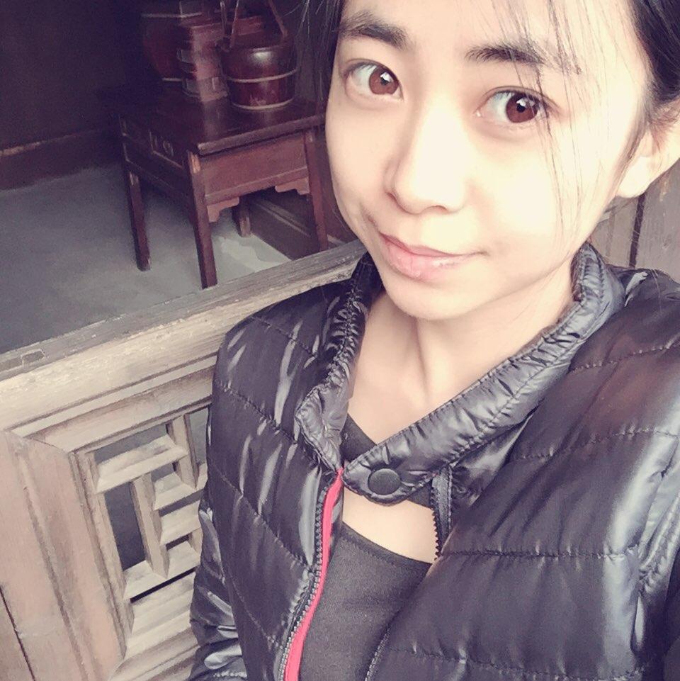 only文小姐                         01-05     #素颜