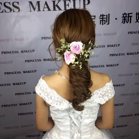 鲜花造型##新娘发型##时尚美妆##造型百变#@美拍小助手 成都公主定制