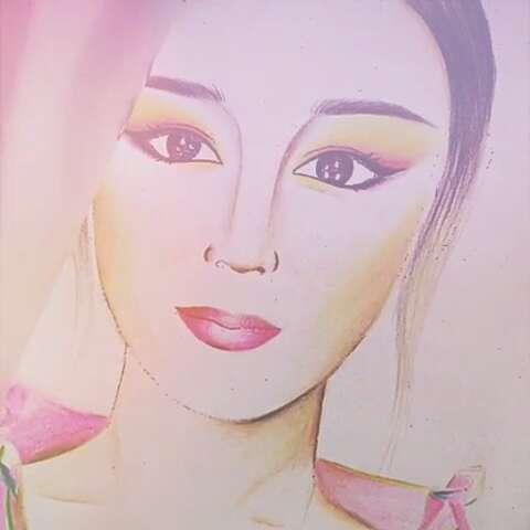 彩铅手绘化妆美人图满族