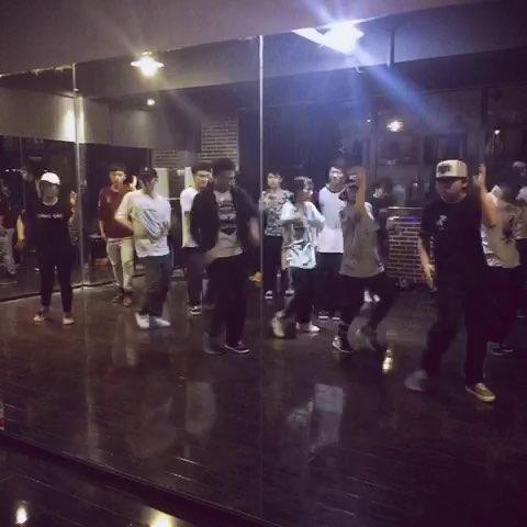 舞蹈##hiphop##jazz#【3月2日】付骁老师周三 - 武汉