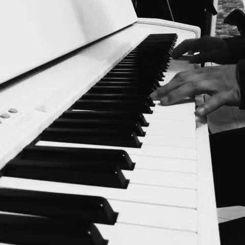 成人零基础学钢琴图片