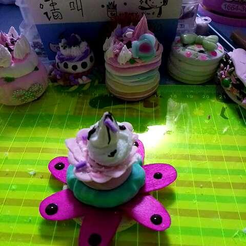 美拍##我要上热门##我的粘土作品#感恩,求赞,清新芒果薄荷花朵蛋糕
