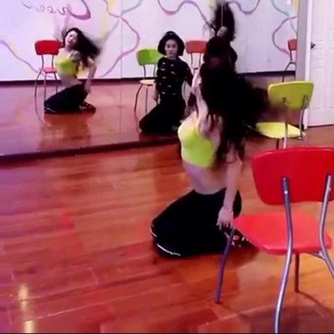 #舞蹈##性感热舞##椅子舞#??????