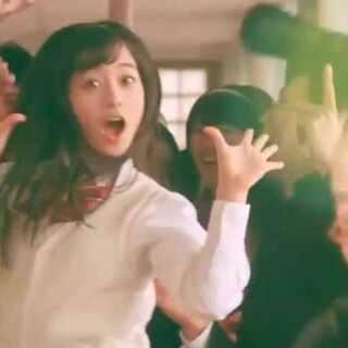 一个NG了600多次的日本杯面广告😍广告中所有特技均为实际拍摄(无后期CG),每一个场景由日本少女偶像桥本环奈挑大梁!ps:后面有花絮哟😘😘感觉所有工作人员都好有激情,好有爱呀😂 #搞笑##岛国奇葩广告#
