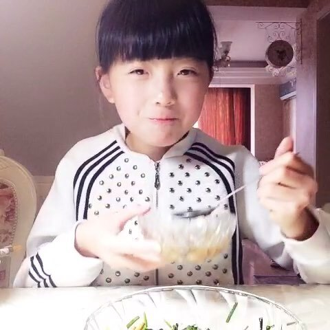 播吃饭#哈哈##吃饭##宝宝-Angela沈子婷的美视频针打屁股图片