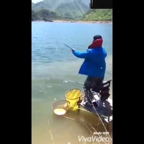 我钓鱼钓鱼液相治这暴就是的~#以为##逗比##视频脾气图片