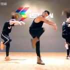 音乐🎵Ariana Grande-Greedy 太喜欢这个歌 这是三人版近距离的视频 后面还有所有学生的小片段 大家这学期都进步好大 开心@Joanna娟儿_IshowJazz 报名咨询请联系@JAZZ惠子_IshowJazz 电话☎️同微信13770971242 我的微博http://weibo.cn/ishowkevin