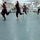 舞蹈房里欢乐多!!!心情不好时就跳起来,不会的话,我开教学视频!!!💃💃💃👻👻👻#咋了爸爸##咋了爸爸##舞蹈##我要上热门##舞蹈房里欢乐多##爱舞蹈爱生活#