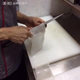 削成纸巾一样的白萝卜,#高手在民间##热门#点赞的人好运!