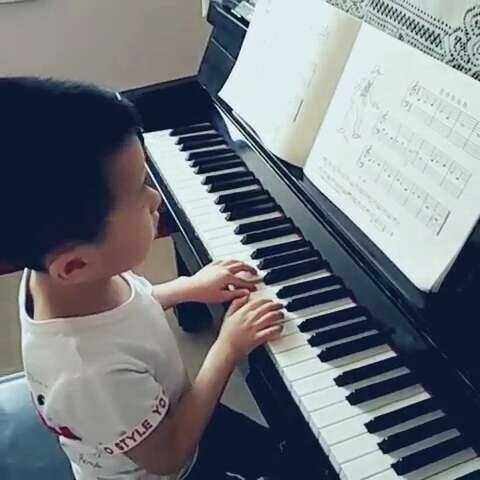 #音乐#《雷格泰姆舞》新学了切分音符,小家伙